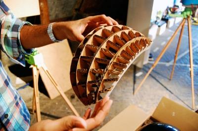 ökologischer Radhelm aus Pappe erfordert kluge Konstuktion