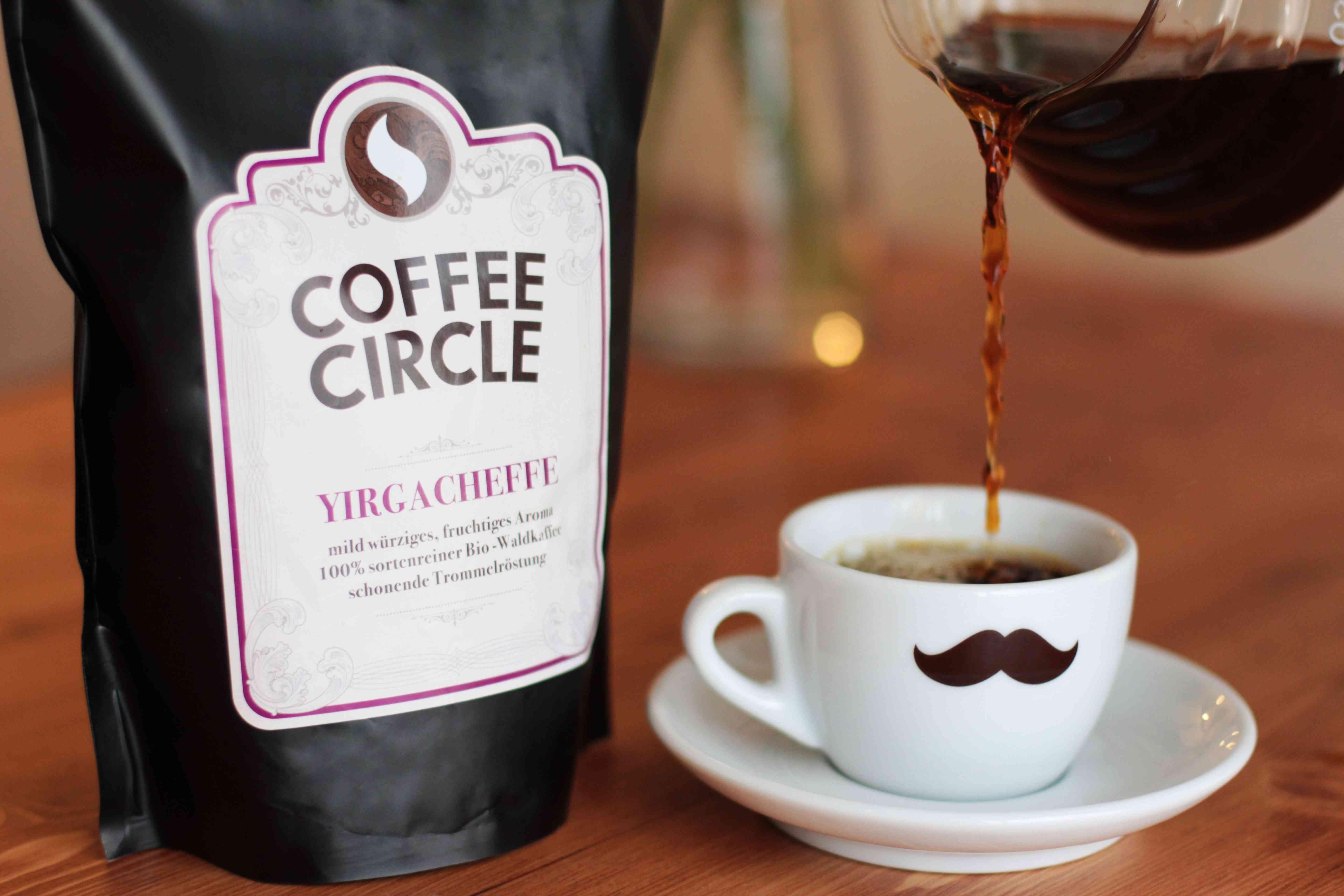 Kaffeetasse mit frischem Kaffee der Marke Coffee Cirle - nachhaltig genießen