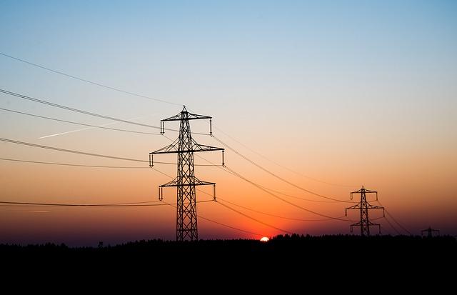 durch diese Strommasten wird Ökostrom in ganz Deutschland verteilt