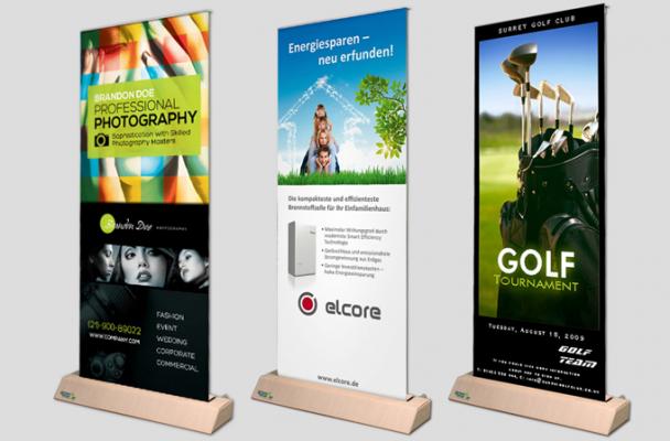 Greenboarder drei grüne Präsentationsständer mit Plakaten