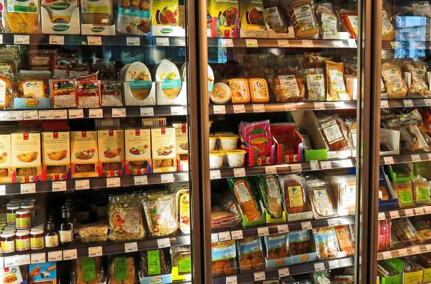 Einkaufen im Supermarkt bringt viel Verpackungsmüll