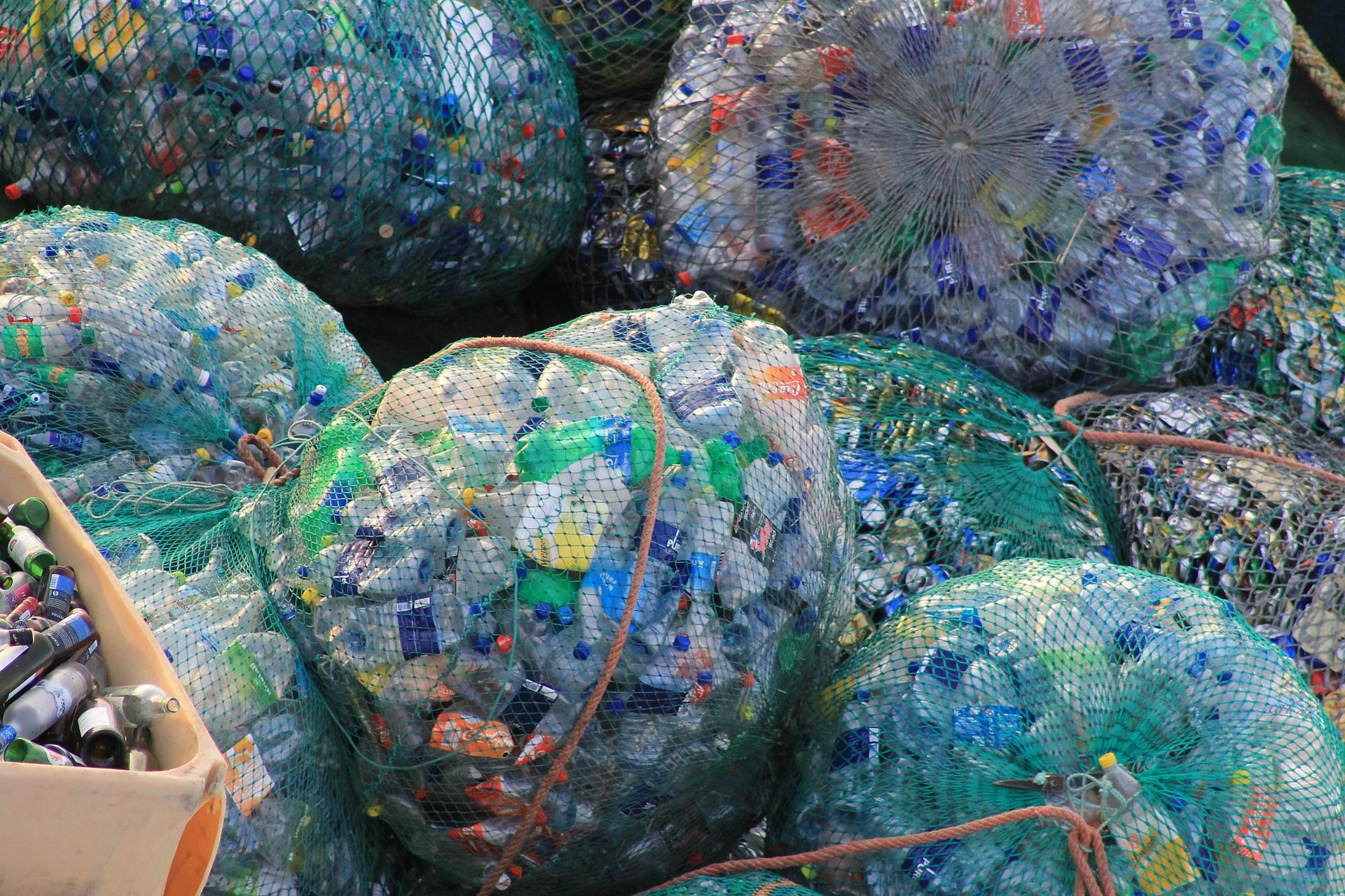 leider wird immernoch viel zu viel Plastikmüll produziert