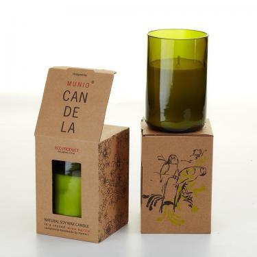 Bio Kerze Villa im Flaschenboden von Munio Candela, 220ml Green Leaf / Minze